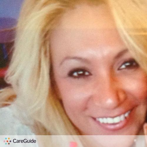 Housekeeper Provider Elena Mendoza's Profile Picture
