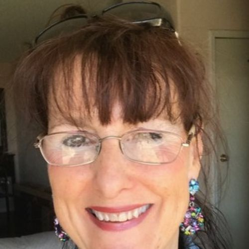 House Sitter Provider Joyce S's Profile Picture