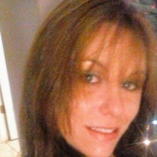 Housekeeper Provider Samantha Gugino's Profile Picture