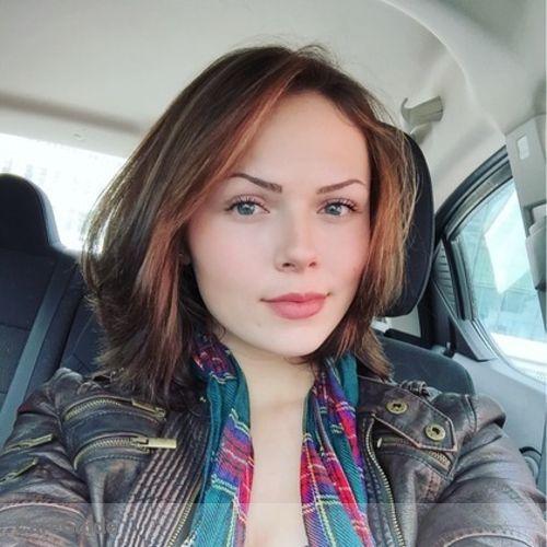 Canadian Nanny Provider Delaney H's Profile Picture