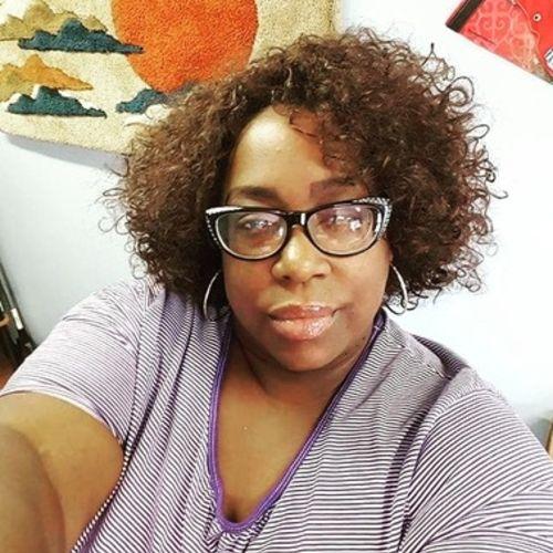 House Sitter Provider ShaVonda Thompkins's Profile Picture