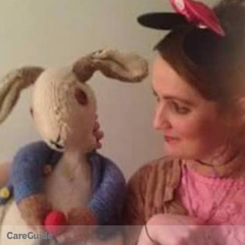 Canadian Nanny Provider Caroline Bridie Gower's Profile Picture