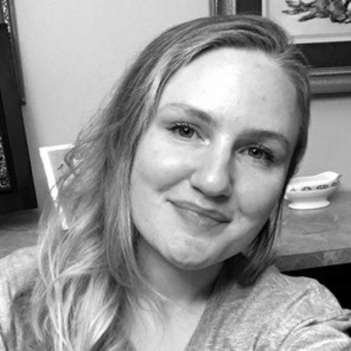 House Sitter Provider Elizabeth W's Profile Picture