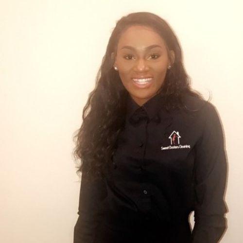 Housekeeper Provider Kiera Levine's Profile Picture
