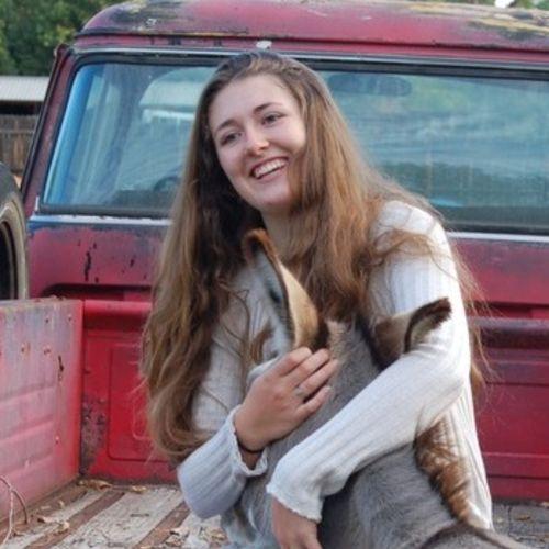 Pet Care Provider Ella Weber's Profile Picture