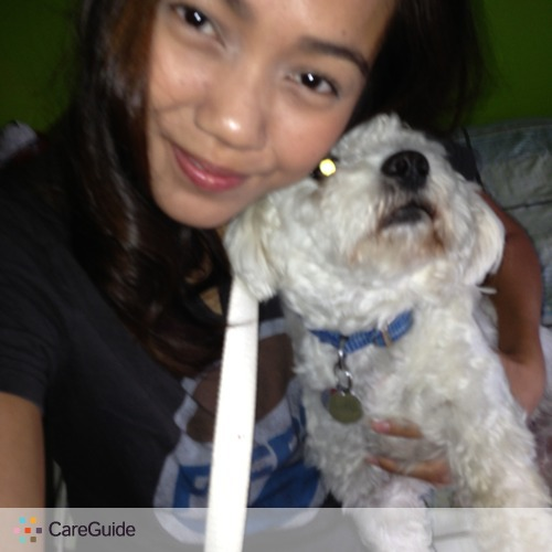 Pet Care Provider Lara Manadero's Profile Picture