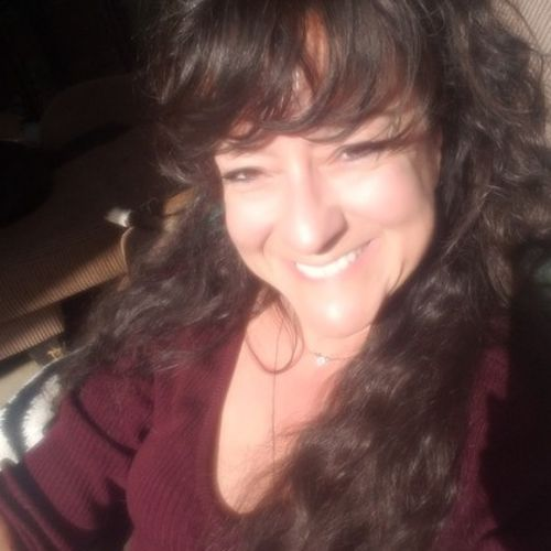 House Sitter Provider Nicki H's Profile Picture