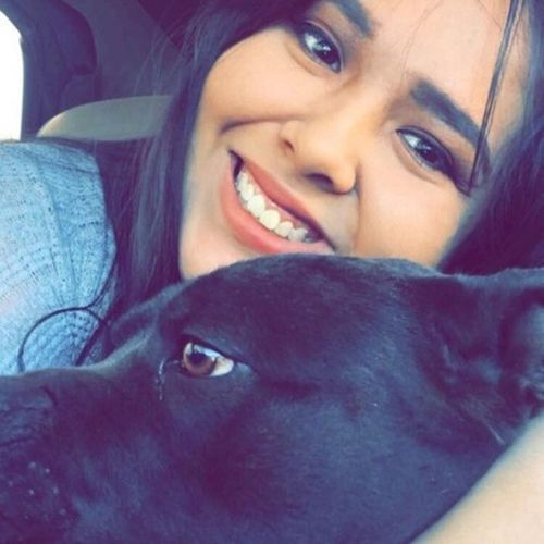 Pet Care Provider Leah Bustamante's Profile Picture