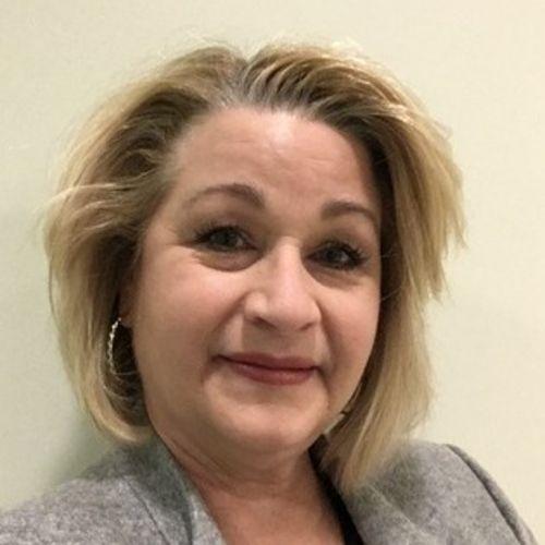 House Sitter Provider Debbie Bruce's Profile Picture