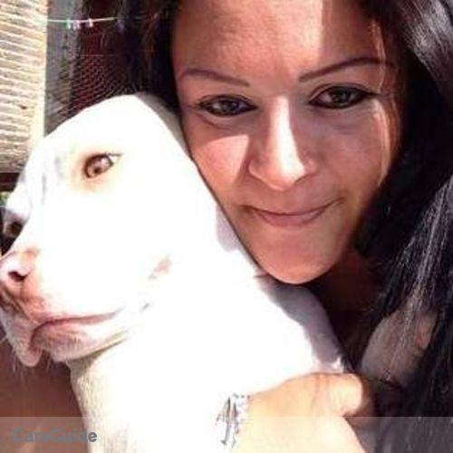 Pet Care Provider Alexis Gonzalez's Profile Picture