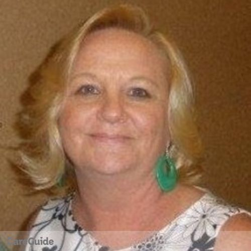 House Sitter Provider Robyn M's Profile Picture