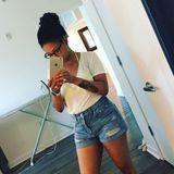 my name is Symone. Im 24 years old an I had pets all my life. I dont mind babysitting dogs or cats   Im here to help!