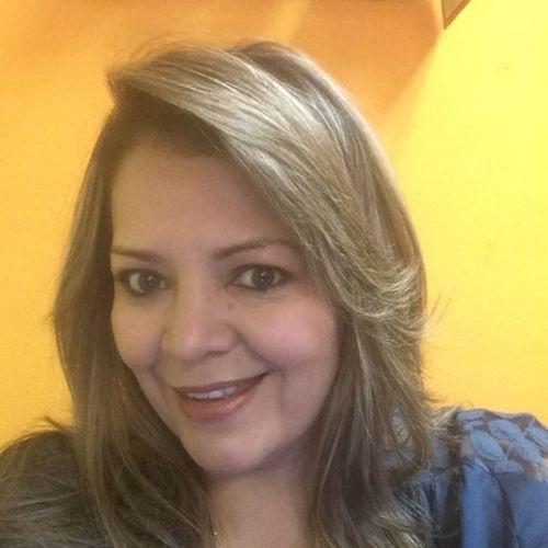 Housekeeper Provider Elizabeth Rivas's Profile Picture