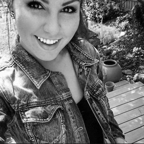 Housekeeper Provider Aja Deren's Profile Picture