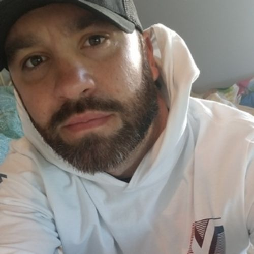 Housekeeper Job Ryan R's Profile Picture