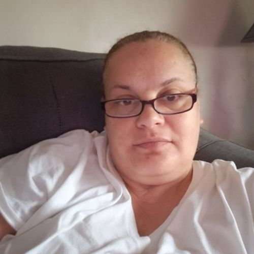 Housekeeper Provider Lisa R's Profile Picture