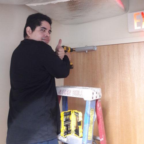 Handyman Provider Stavo H. Gallery Image 1