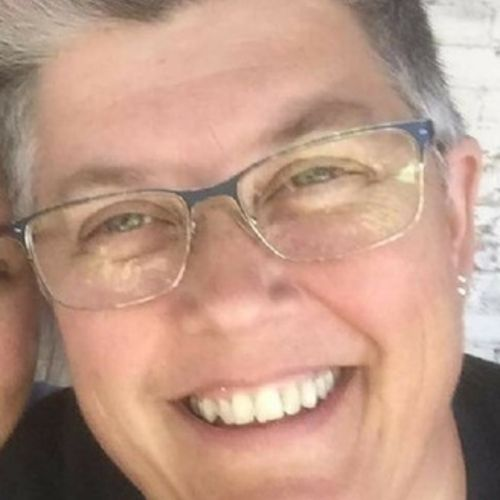 House Sitter Provider Beth B's Profile Picture