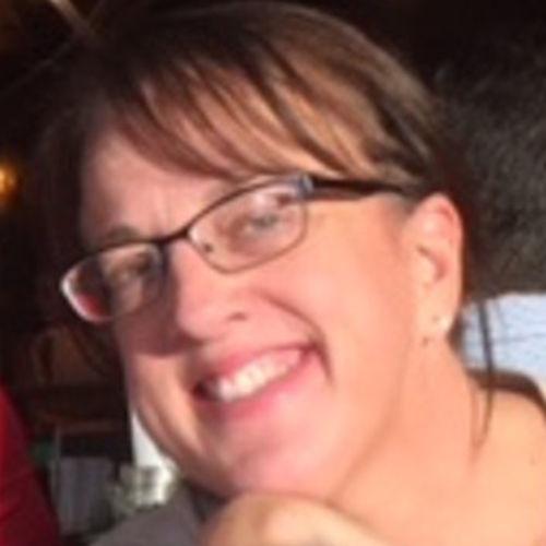 Pet Care Provider Andrea R's Profile Picture