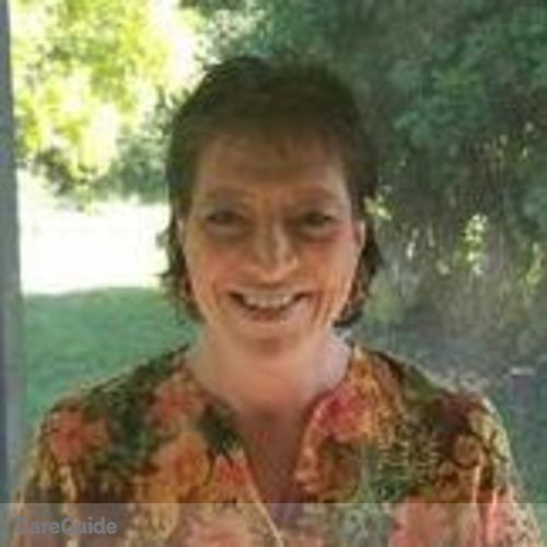 House Sitter Provider Amy Thomas's Profile Picture