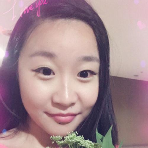 Pet Care Provider Lily Shi's Profile Picture