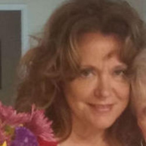 House Sitter Provider Terri Stokes's Profile Picture