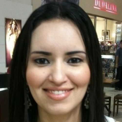 House Sitter Provider Andreza Alcantara's Profile Picture