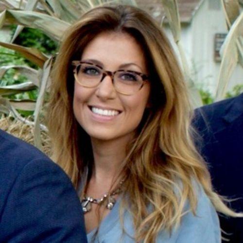 House Sitter Provider Dena Riccone's Profile Picture
