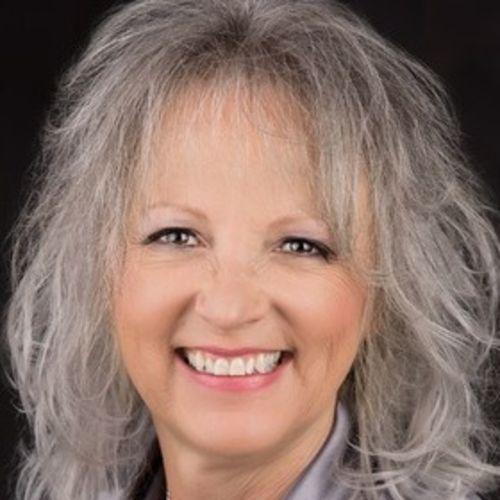 House Sitter Provider Diane Ward's Profile Picture