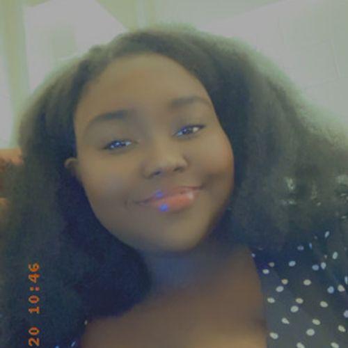 House Sitter Provider Zoesha W's Profile Picture