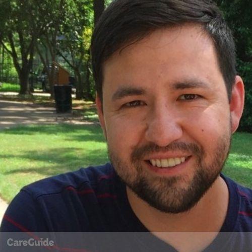House Sitter Provider Eli Gonzalez's Profile Picture