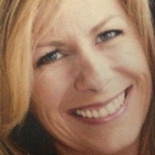 House Sitter Provider Elizabeth Colt's Profile Picture
