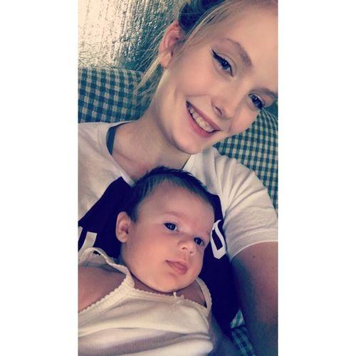 Babysitter Offered in Fairmont