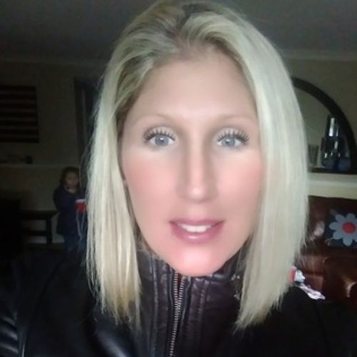 Housekeeper Provider Kelley McCarthy's Profile Picture
