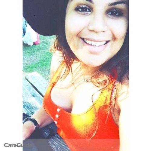 Canadian Nanny Provider Zeineb B's Profile Picture