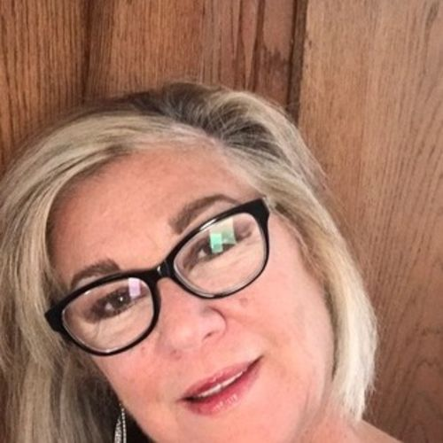 House Sitter Provider Tina Ackerly's Profile Picture