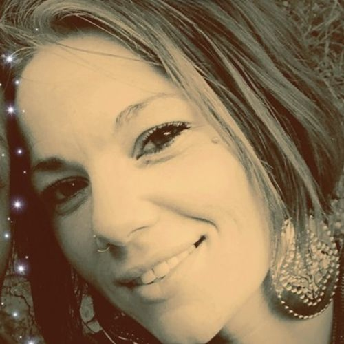 Housekeeper Provider Leeanna E's Profile Picture