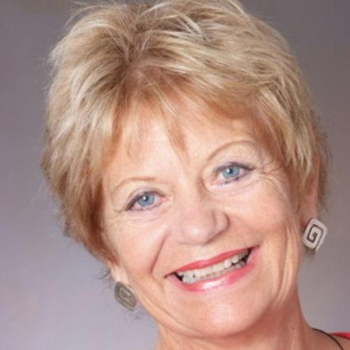 House Sitter Provider Susan Davis's Profile Picture