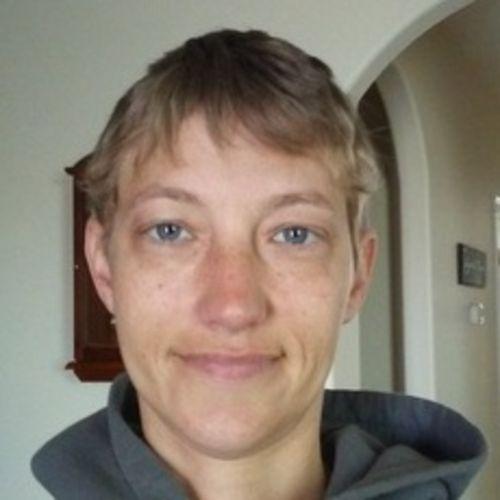 Pet Care Provider Laurel C's Profile Picture
