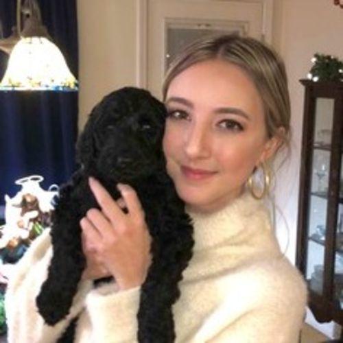 Pet Care Provider Maggie W's Profile Picture