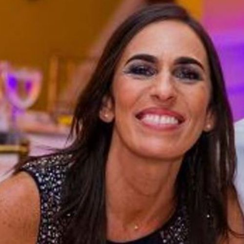 Beatriz Moliina – sitter