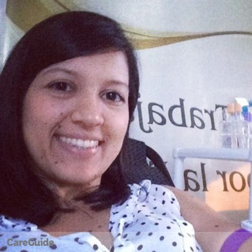 Canadian Nanny Provider Natalia Lozano's Profile Picture