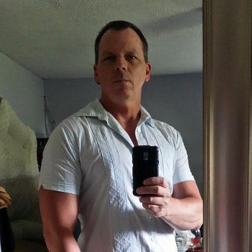 House Sitter Provider Bruce Lavigne's Profile Picture