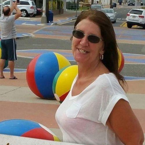 Housekeeper Provider Jeannie H Gallery Image 2