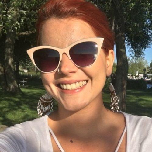 Housekeeper Provider Marina Miranda's Profile Picture