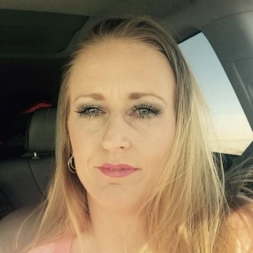 Housekeeper Provider Kym Floyd's Profile Picture