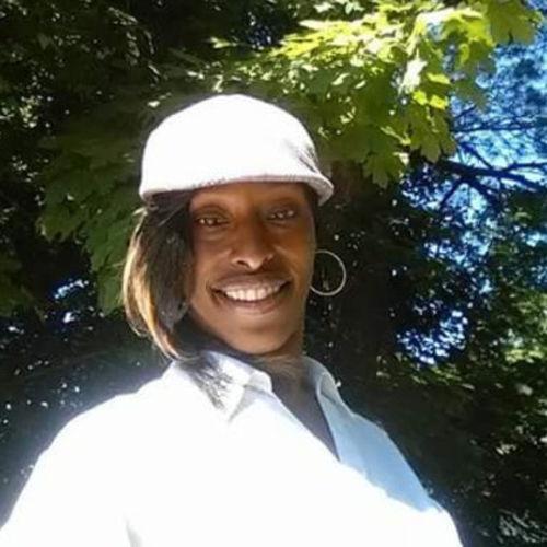Housekeeper Provider Dorna M's Profile Picture