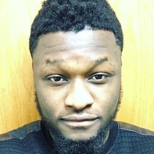 House Sitter Provider Desmond N's Profile Picture