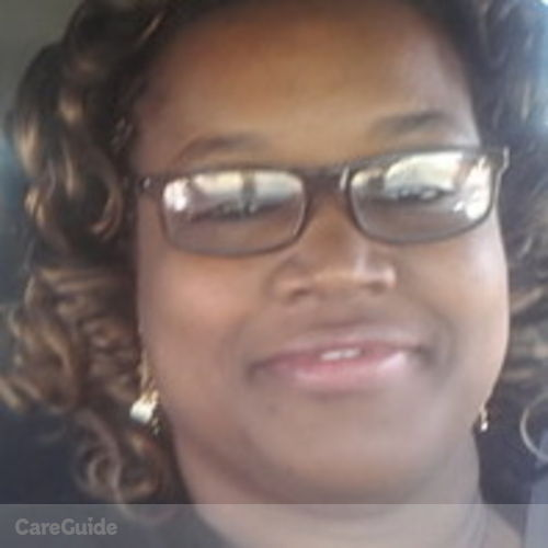 House Sitter Provider Shevelle D's Profile Picture