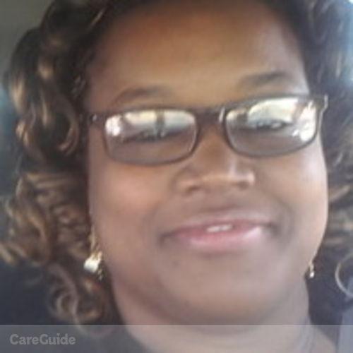 House Sitter Provider Shevelle Daniels's Profile Picture
